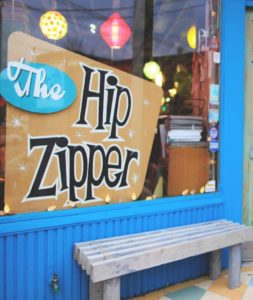 This image has an empty alt attribute; its file name is hip-zipper-253x300.jpg
